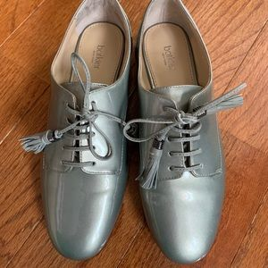 Pewter Leather Oxfords 6.5 NWOT
